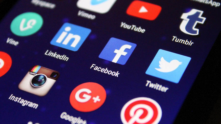How Your Social Media Behavior Can Influence Your Job Search